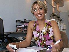 Aliha Anderson  Business Lady Aliha Anderson