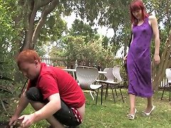 Amateur Redhead Gets Her Hairy Cunt Inseminated