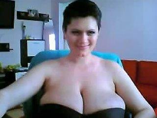 Pregnant Bbw Shakes Her Huge Natural Tits On Webcam