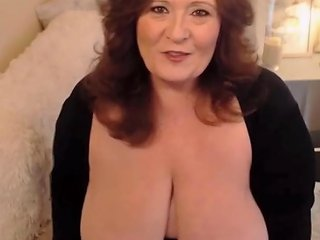 Big Beautiful Lady With Creamy Pussy Shares Her Desires