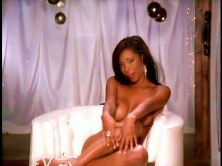Kia Drayton Is A Divine And Fiery Ebony Babe