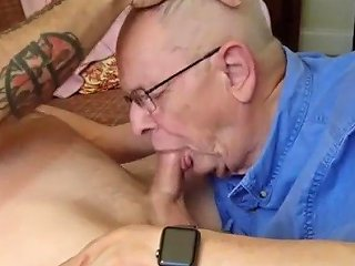 Handsome Grandpa Wg Gives An Amazing Blowjob