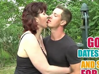 Mature Mommy Suck And Fuck Young Cock In The Garden