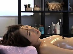 Desirable Girl Invites A Talented Masseur To Gently Finger