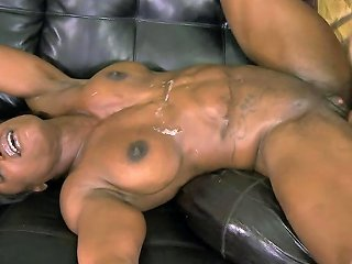 Black Bodybuilder Gets Her Ass Stretched By A Whitey