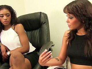 A White Boss Seduces Her Black Co-worker For Interracial Lesbian Fun