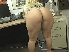 Big Ass And Big Tits Blonde Woman Screwed By Pawn Dude