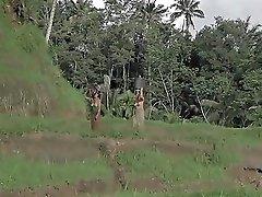 Documentary Bali Goin Topless Video