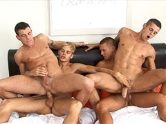 Gay studs threesome sex party with cumshot