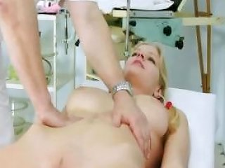 Jenny Gyno Pussy Speculum Exam On Gynochair By Old Kinky Doc Nuvid
