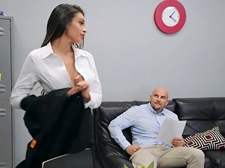 Impeccable Office Hard Sex For The Slim Amateur Milf