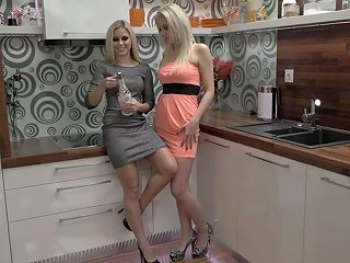 Wondrous Czech Girl Dido Angel Is Actually Into Some Good Fisting