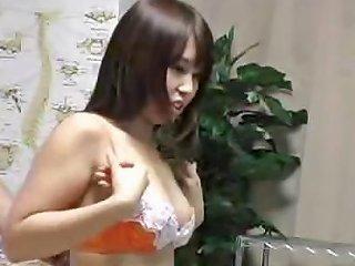 Japanese Girl Goes Topless For Special Breast Massage Drtuber