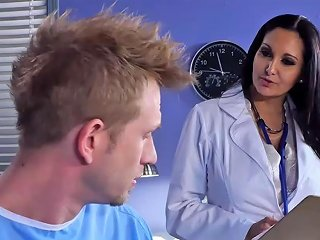 Dr Ava Addams Goes On Top Of Bill Bailey Sunporno Uncensored