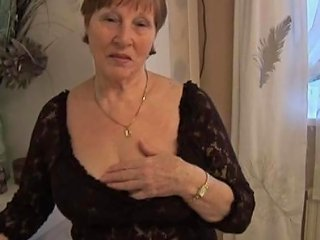 Hairy Granny In Crotchless Panties Posing Porn Videos