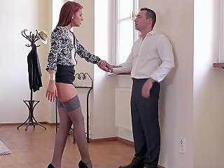 Hottie In Sexy Stockings Aylin Diamond Gets Dicked By A H Any Porn