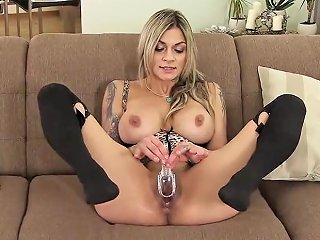 Unusual Czech Chick Spreads Her Juicy Twat To The Pecul Porn Videos