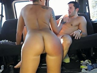 Tanned Hottie With Dyed Hair Lady Rebeca Gets Drilled Hard In Car
