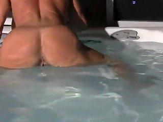Sexy Female Bodybuilder Video Upornia Com
