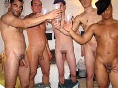 http://gallys.rk.com/dk/11/tgpthumb.jpg,5 horny college dudes and 3 hot babes masterbate and fuck each others asses 4 big xxx movies and pics