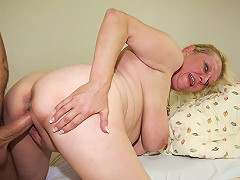 free video Old bitch doggy style fuck