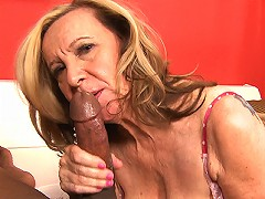 free video A Surprise For Miranda Its B...