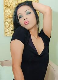 Slutty ladyboy Natt pleasuring her demanding boss