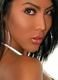 Ravishing Areeya exposes her tight gorgeous body