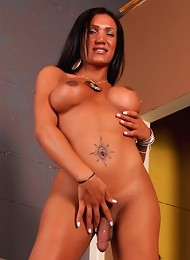 Super Hot Mariam Playing With The Cock