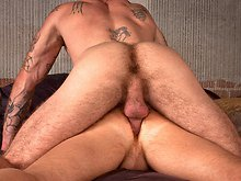 Hairy bears Drew Cutler & Ricky Sinz have hot sex